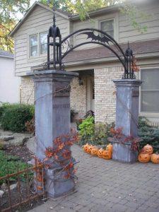 門のハロウィン装飾